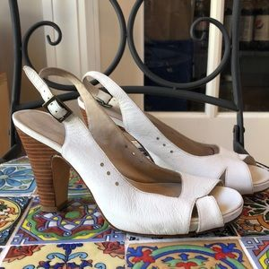 Giovanni by Cordani summer white heeled sandals